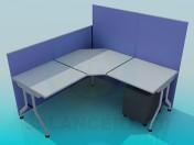 Угловой офисный стол с панелями