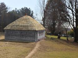 Old hut (Mazanka)