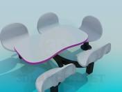 Столик і стільці