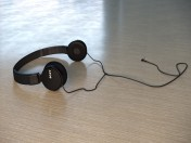 Навушники Sony MDR-ZX110AP