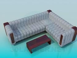 Sofá de canto com mesa de café