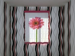Roman Shade with big flower print