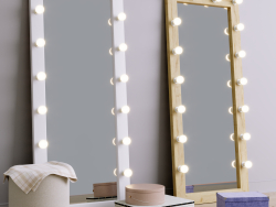Floor make-up mirror