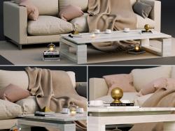 Диван Molteni & C reverse и кофейный столик с декором