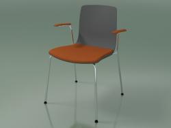 अध्यक्ष 3977 (सीट और आर्मरेस्ट पर एक तकिया के साथ 4 धातु पैर, पॉलीप्रोपाइलीन)
