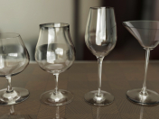 A set of wine glasses 4pcs