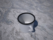 Tasse (tasse) marchant, émail (250-300g)